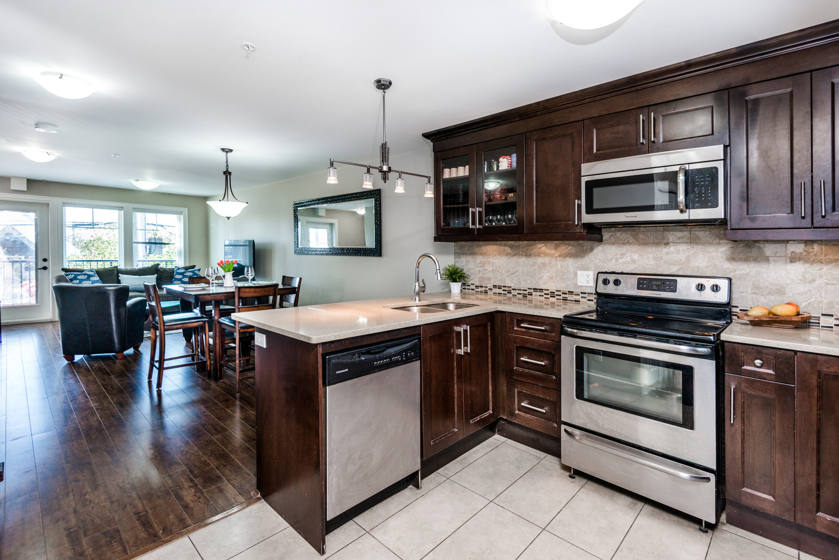 2 Storey Townhouse In Uptown New Westminster R2366734