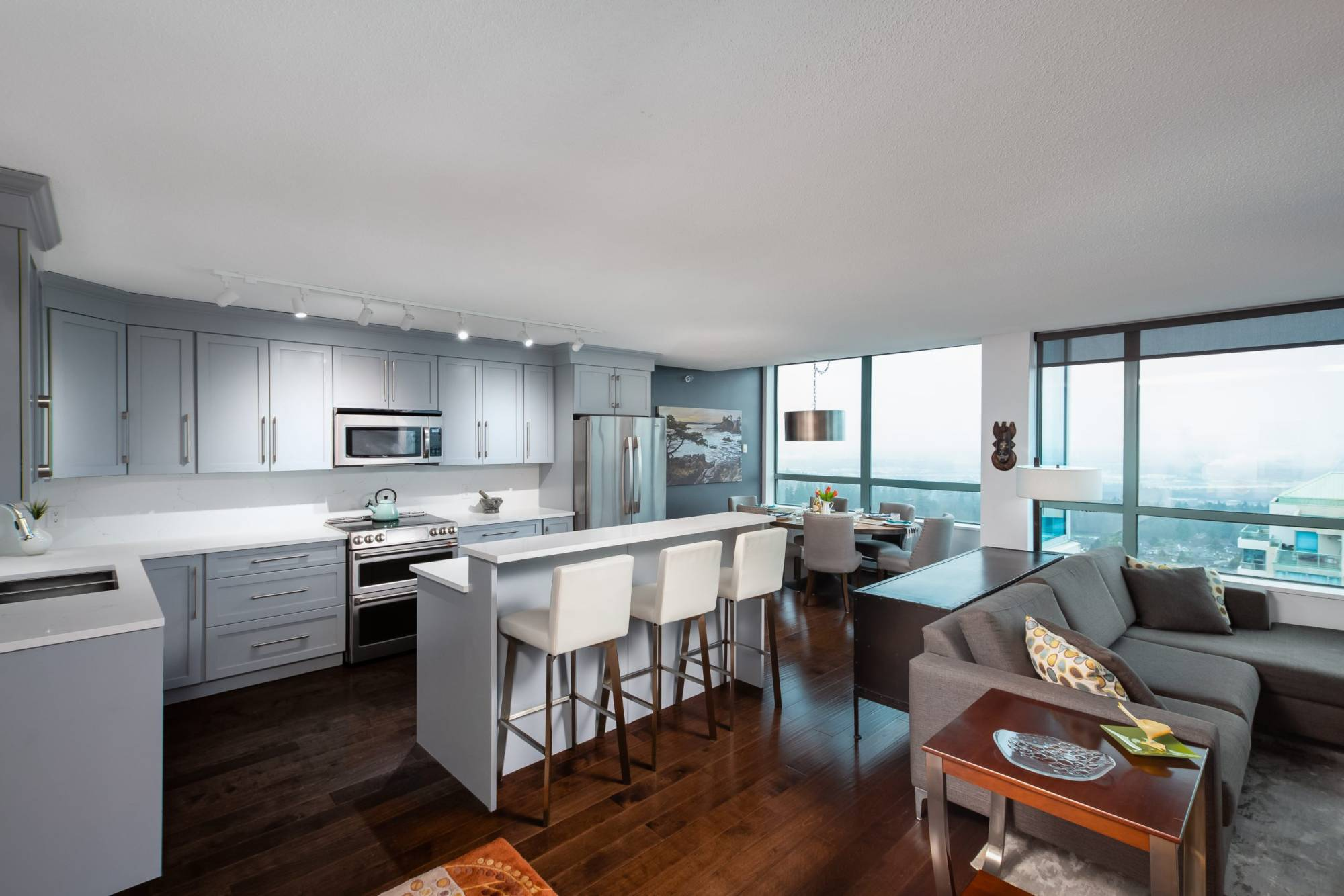 Penthouse Apartment/Condo