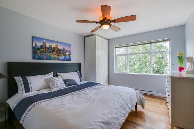 The master bedroom at 84-6878 Southpoint Dr